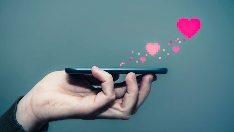 Mobile Technology Helping Couples