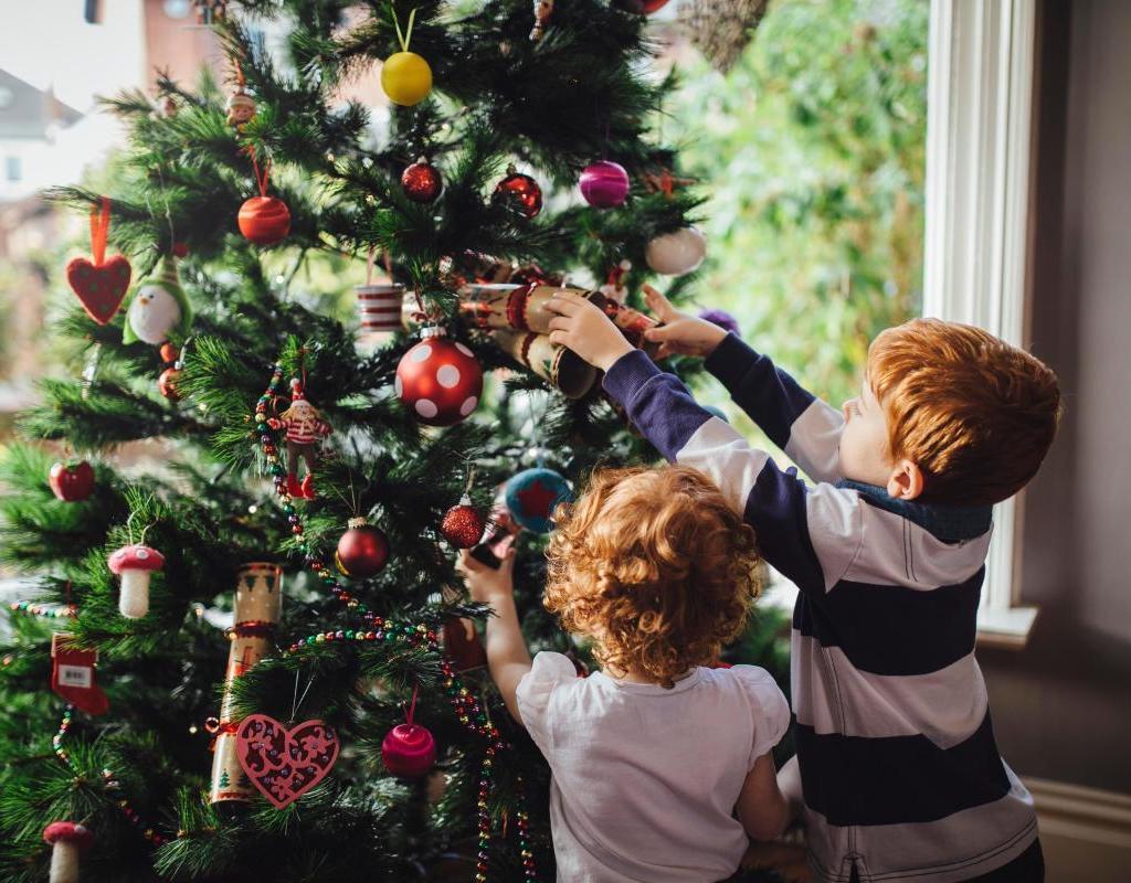 Virtually Decorate the Tree